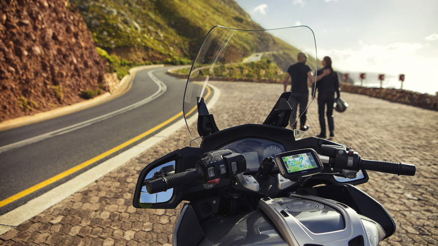 GPS para motos TomTom RIDER, con 150 rutas preinstaladas