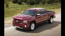 Chevrolet Silverado ganha retoque visual e mais conectividade