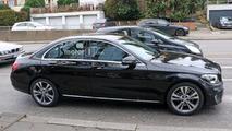 Makyajlı 2018 Mercedes C Sınıfı casus fotoğrafları