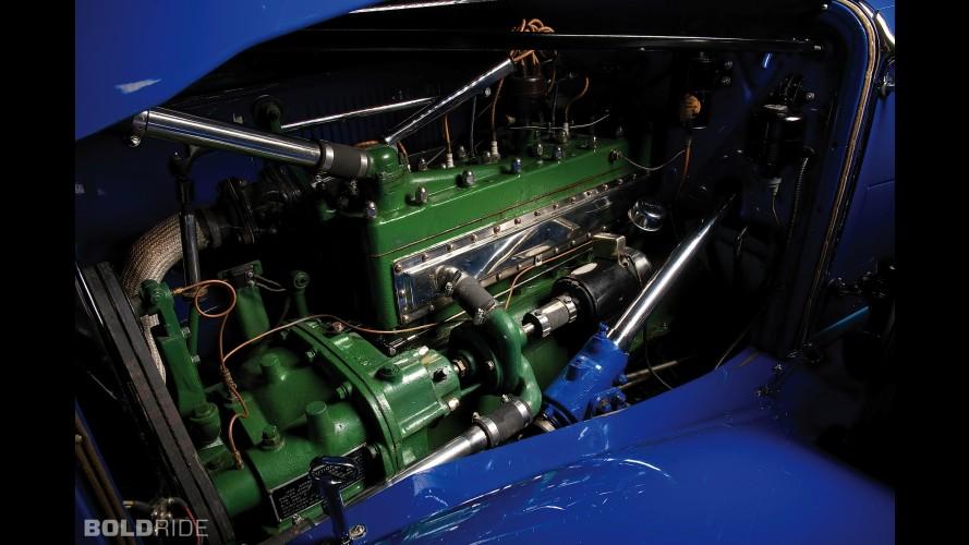 Auburn Twelve Phaeton Sedan