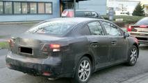 Toyota Avensis Sedan Spied
