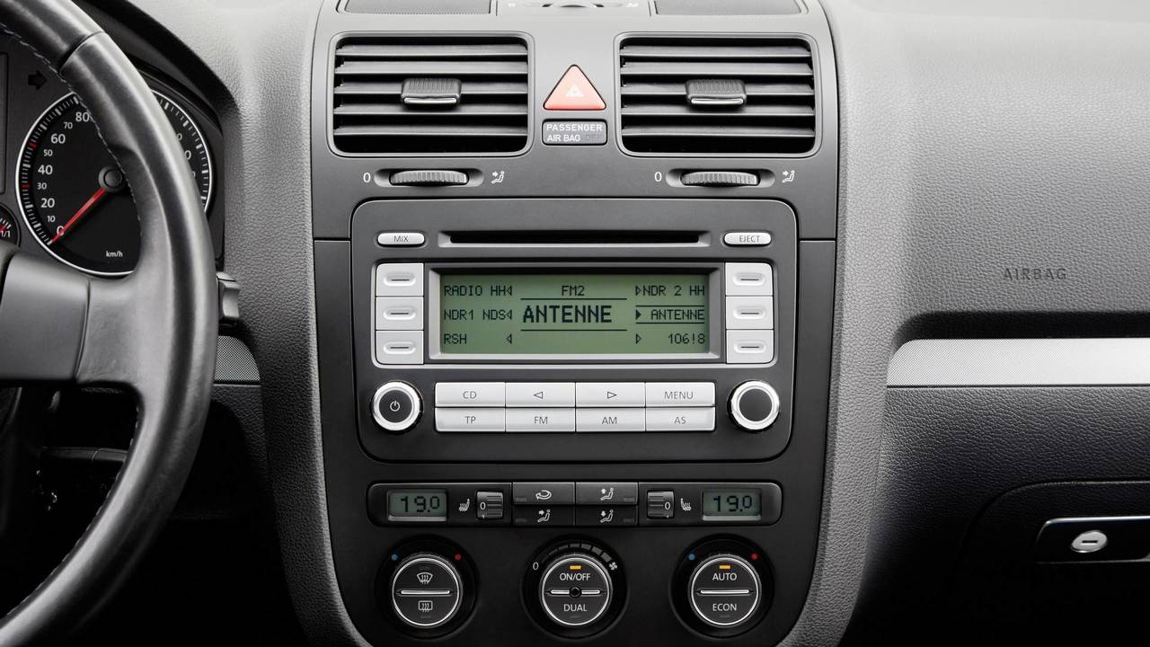 tune in to see how the vw golf 39 s radio has evolved over the years. Black Bedroom Furniture Sets. Home Design Ideas