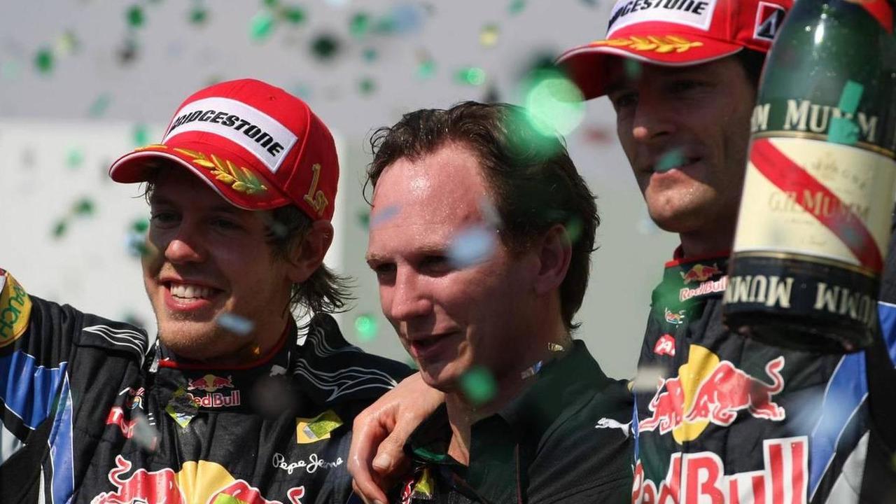 Sebastian Vettel (GER), Red Bull Racing, Christian Horner (GBR), Red Bull Racing, Sporting Director and Mark Webber (AUS), Red Bull Racing - Formula 1 World Championship, Rd 18, Brazilian Grand Prix, 07.11.2010 Sao Paulo, Brazil