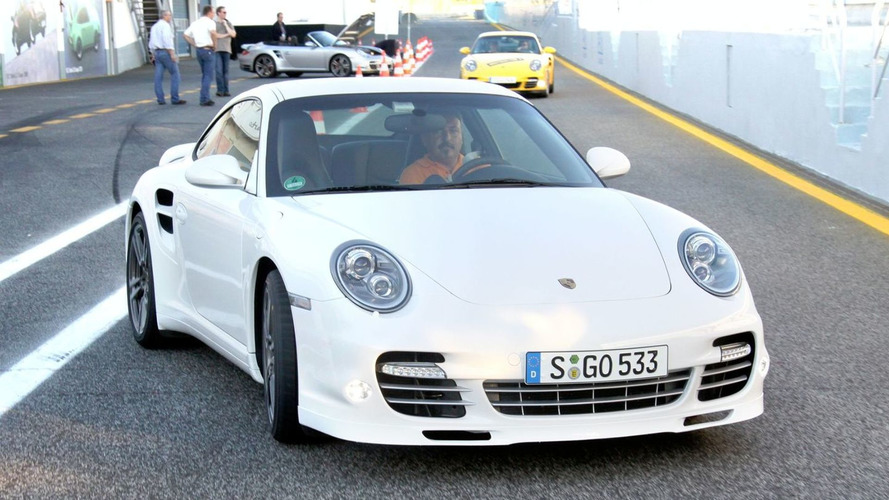 2010 Porsche 911 Turbo in Depth [Video]