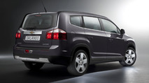 2012 Chevrolet Orlando MPV first photos 25.08.2010