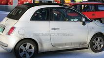 Fiat 500 Convertible spy photo