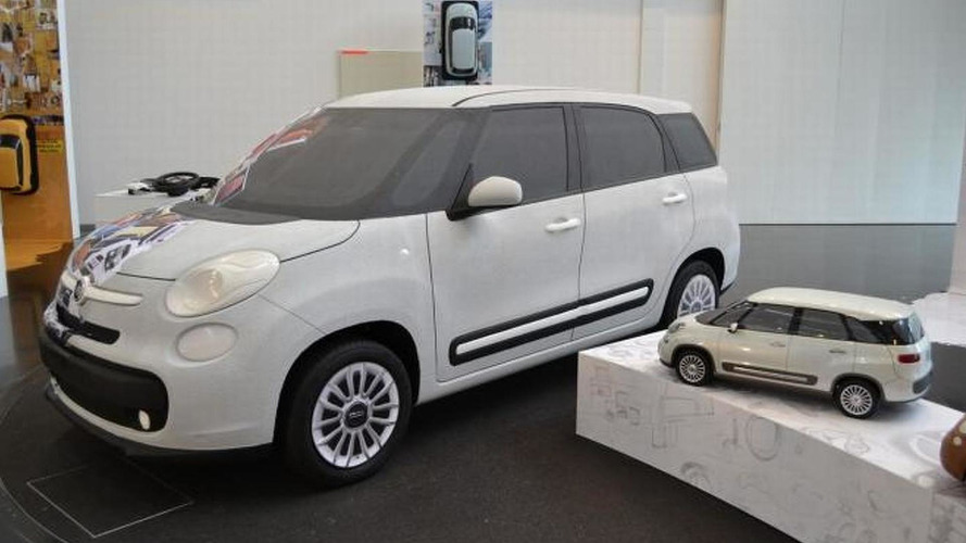 Seven-seater Fiat 500L scale model spotted