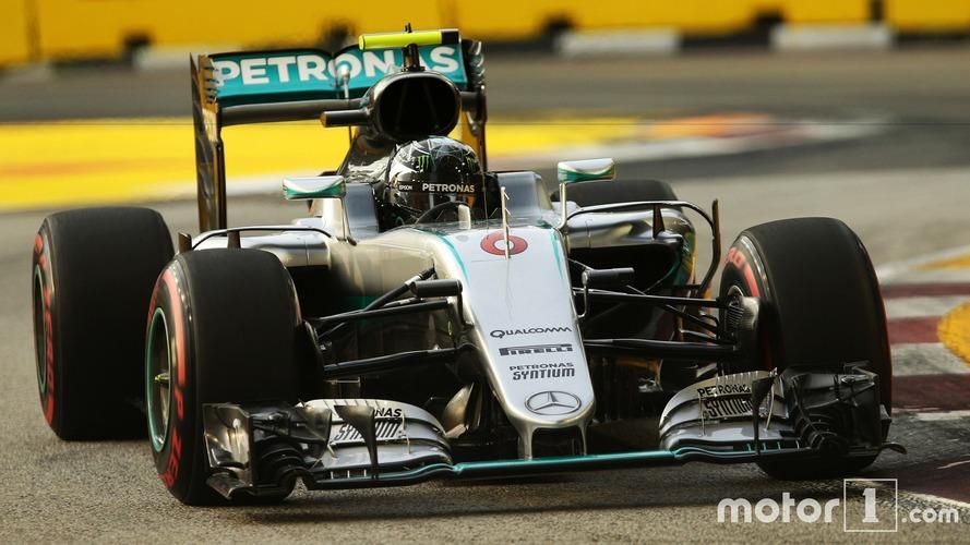 F1 : Nico Rosberg s'offre la pole à Singapour