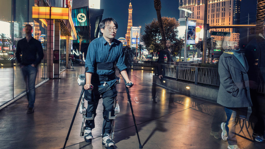 Hyundai branches out into wearable robot tech
