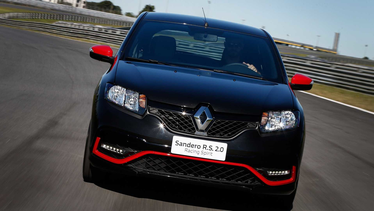 renault sandero rs gets racing spirit version with extra. Black Bedroom Furniture Sets. Home Design Ideas