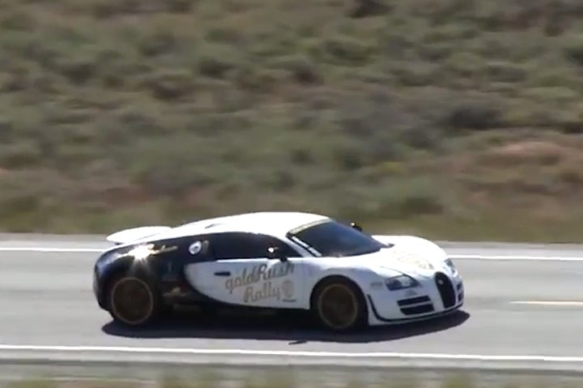 bugatti-veyron-ss-hits-2464-mph-on-open-road-in-idaho-video Wonderful Bugatti Veyron On Road Price Cars Trend