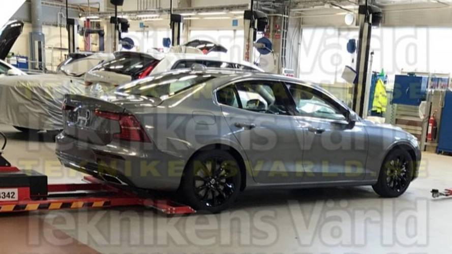 New Volvo S60 Captured Completely Uncovered