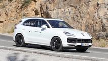 White 2018 Porsche Cayenne Spy Pics