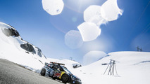 Volkswagen Polo R WRC races a downhill skiing gold medallist
