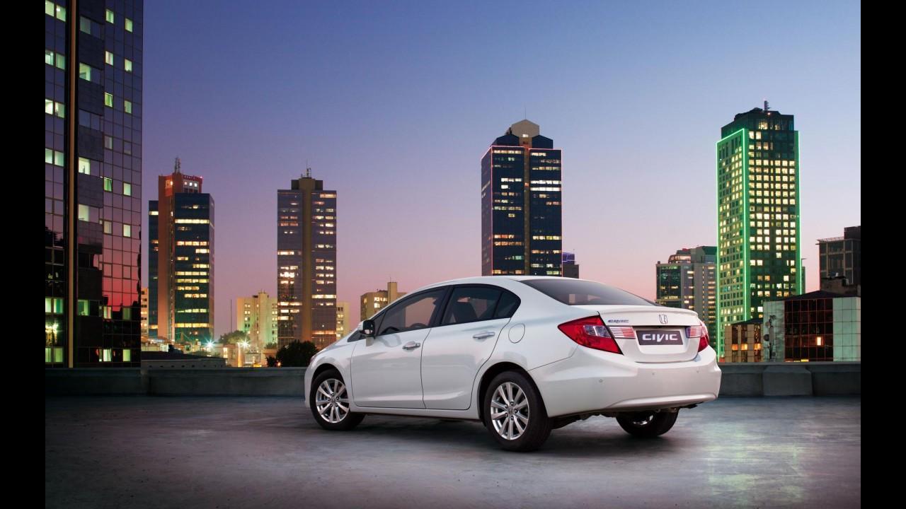 Honda lança nova geração do Civic Sedan na Europa