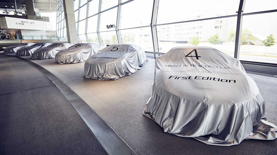 BMW i8 Roadster First Edition Handover Event Had 18 Cars