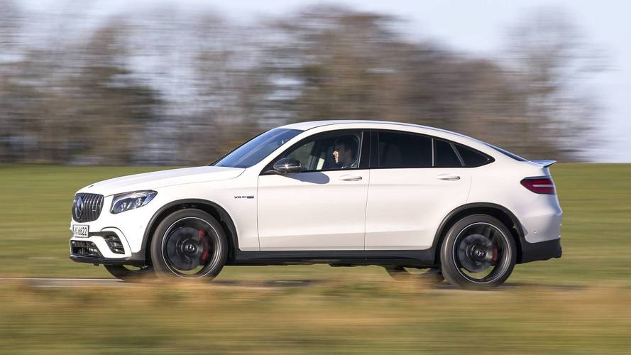 https://icdn-6.motor1.com/images/mgl/RZRr9/s4/2018-mercedes-amg-glc63-coupe-first-drive.jpg