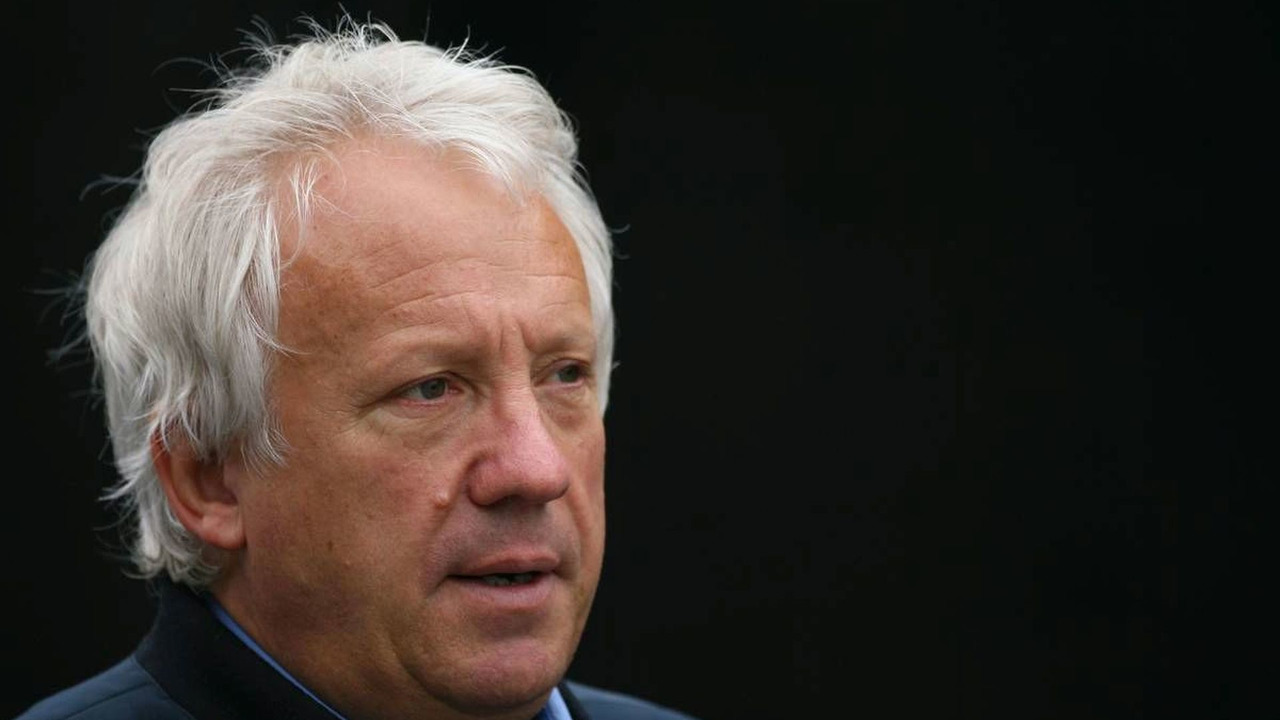 Charlie Whiting (GBR), FIA Safty delegate, Race director & offical starter, Belgian Grand Prix, 05.09.2008, Francorchamps, Belgium