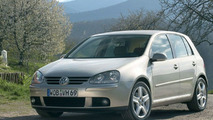 Fast gear shift: 25,000 Golf and Touran models with DSG