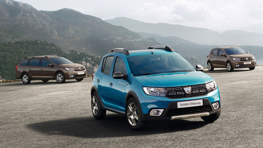 Yenilenen Dacia Sandero ve Logan Paris'te sergileniyor