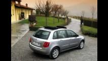 Fiat Stilo 2008 - Câmbio automático e pequenas mudanças no visual