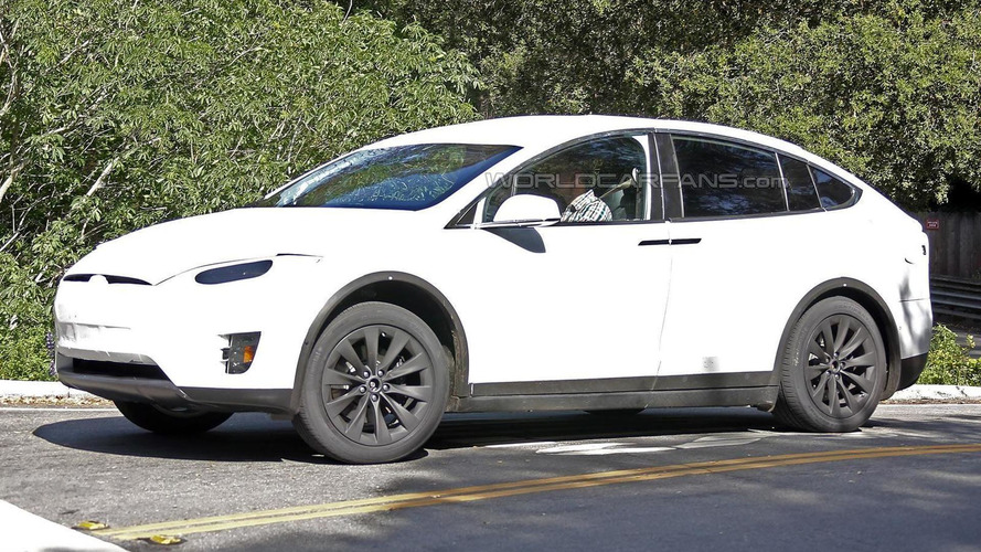 Tesla Model X spied testing in California