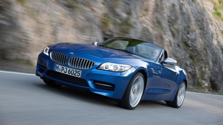 BMW Z4 facelifted with... new exterior color