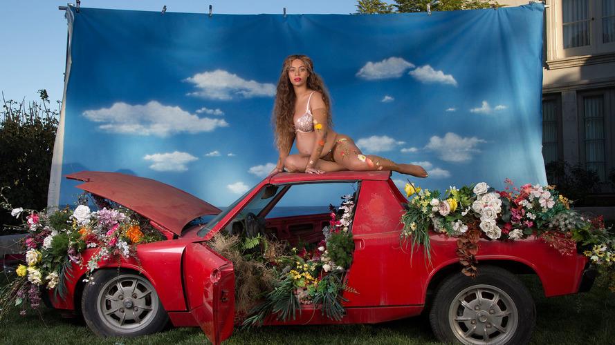 Beyonce Porsche 914