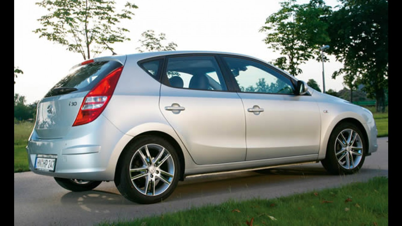 Hyundai convoca 15,7 mil i30 no Brasil para reparar falha na direção