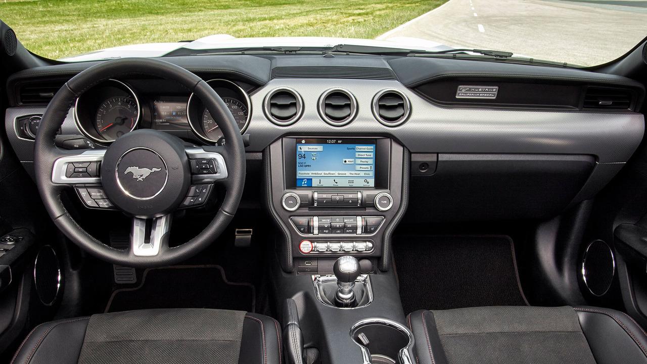 2015 2017 Ford Mustang Interior