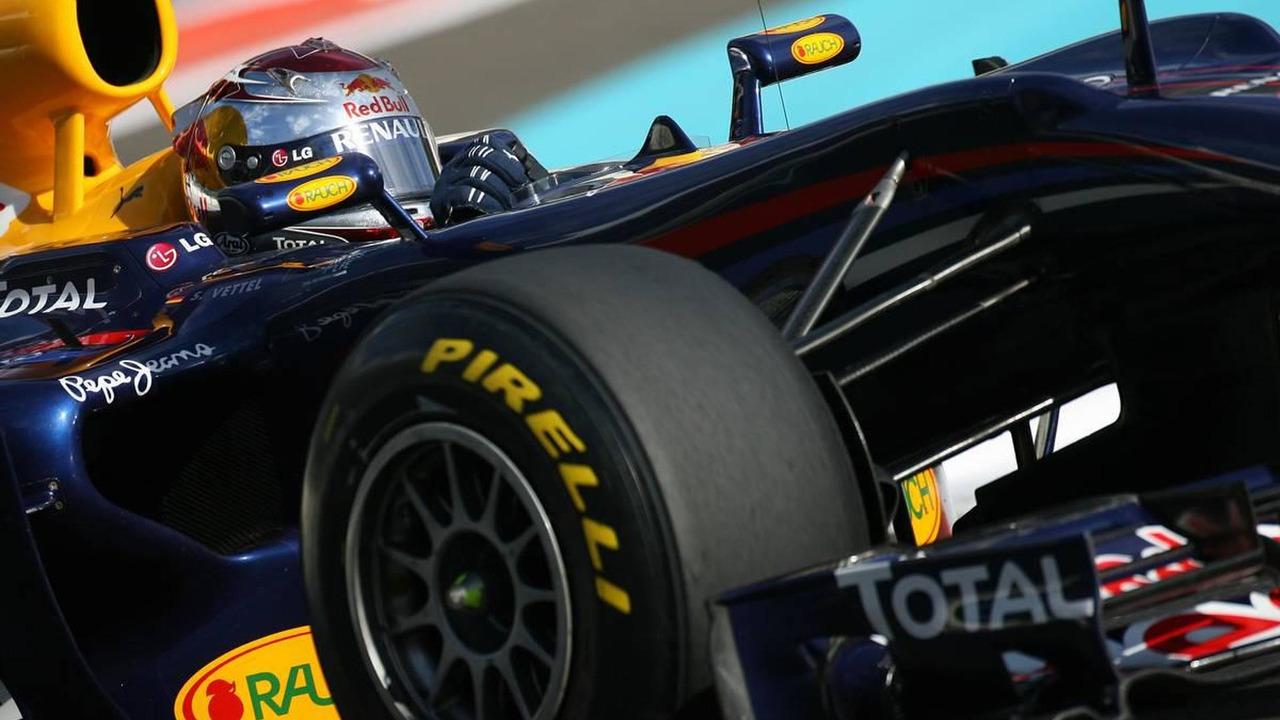 Sebastian Vettel (GER), Red Bull Racing - Formula 1 Testing, Pirelli tyre test, 19.11.2010 Abu Dhabi