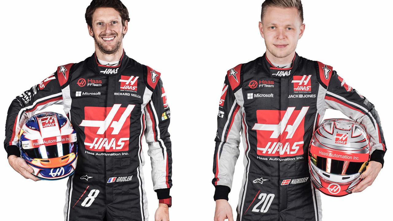 Haas 2017 F1 race car
