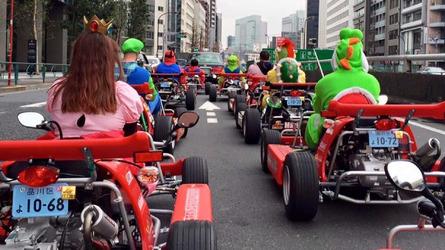 VIDÉO - Ils jouent à Mario Kart dans la vraie vie !