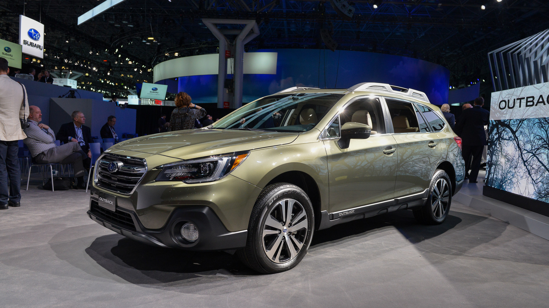 2018 subaru outback brings well thought out facelift to new york. Black Bedroom Furniture Sets. Home Design Ideas