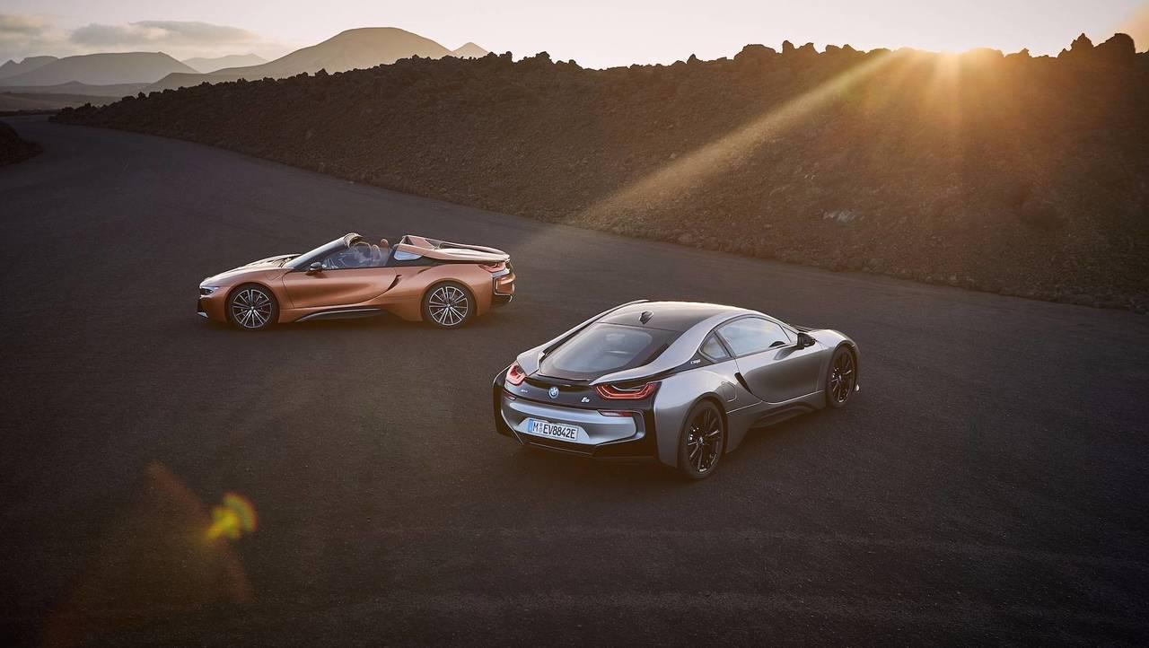 bmw i8 roadster 2018 sportive hybride et cabriolet. Black Bedroom Furniture Sets. Home Design Ideas