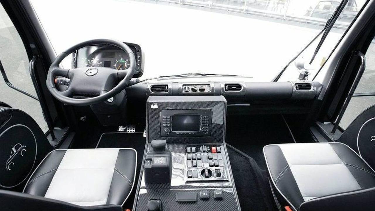 Mercedes-Benz Unimog U 500 Black Edition