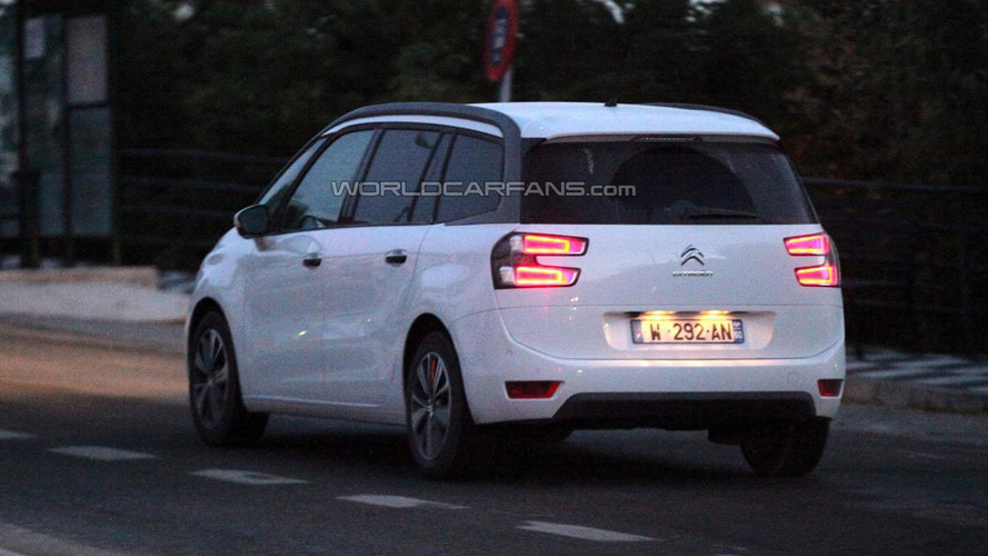 2014 Citroen C4 Grand Picasso spied undisguised