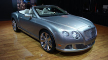 Bentley Continental GTC V8 live in Detroit 09.01.2012