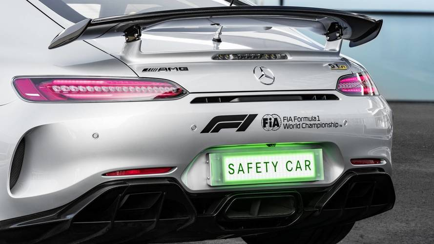 AMG GT R will be revealed as new F1 Safety Car at Australian GP