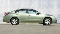 2007 Nissan Altima Hybrid Debut