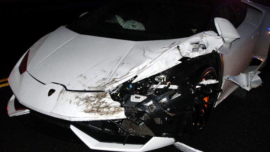 Jovem bate Lamborghini alugado após perseguição policial