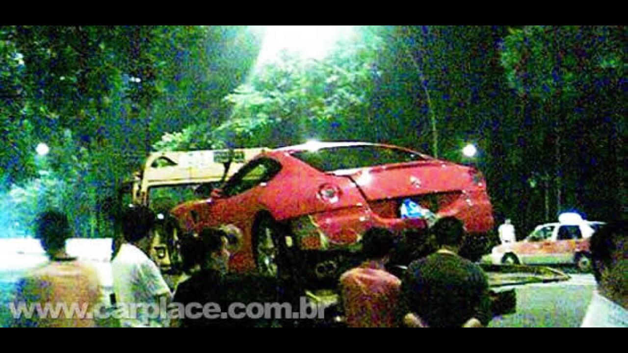Acidente milionário: Audi R8 bate em uma Ferrari 599GTB na China