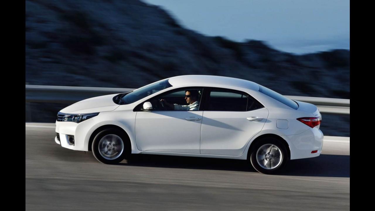 Flagra! Primeira foto do novo Corolla no Brasil confirma modelo europeu