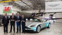Aston Martin St. Athan tesisi teslim