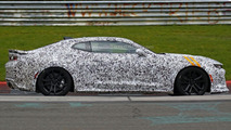 2017 Chevrolet Camaro ZL1 spy photo