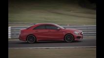 AMG na pista: aceleramos os novos Mercedes GT e C63 no Vello Cittá