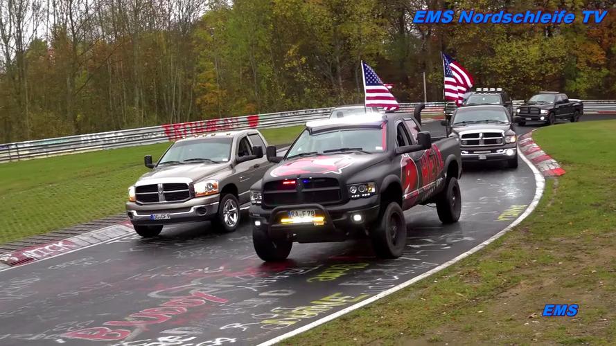 Vidéo insolite - 1152 pick-ups Ram se retrouvent sur le Nürburgring