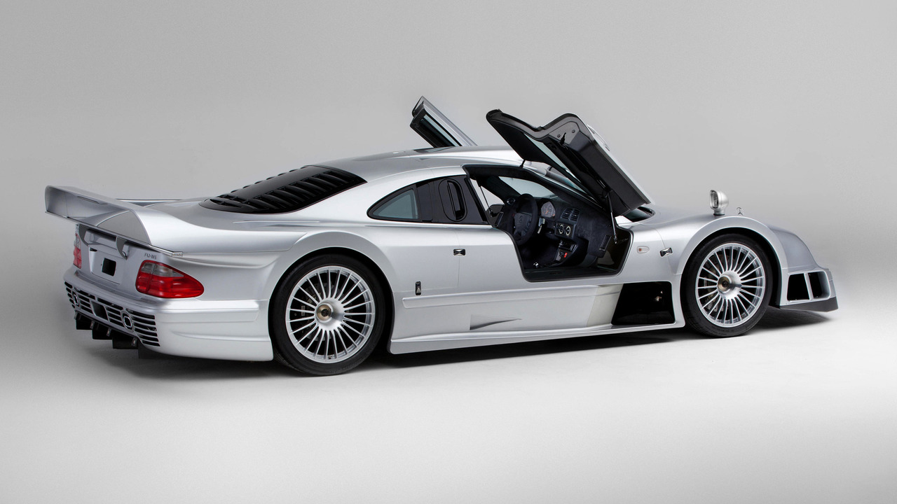 supercar de la semaine la mercedes clk gtr de 1998. Black Bedroom Furniture Sets. Home Design Ideas