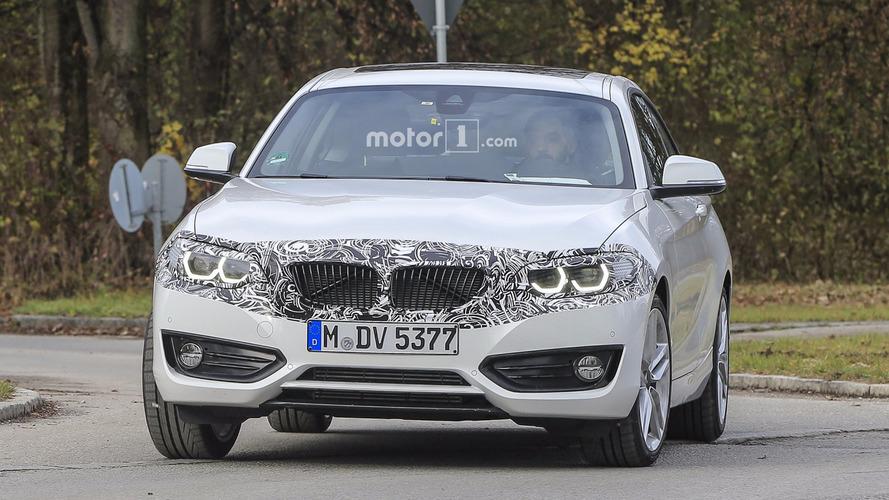 Flagra do BMW Série 2 Coupe com facelift