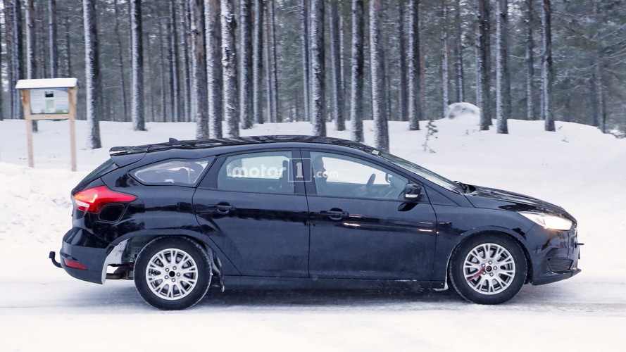 Spied 2019 Ford Focus wagon test mule looks like it's melting